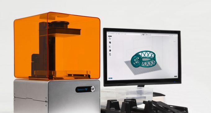 Form 1 – High Resolution 3D Printer