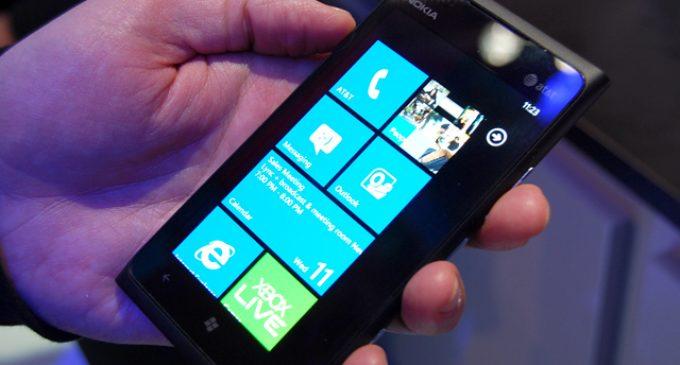 Nokia Lumia 900 – an Eye Popping Smartphone