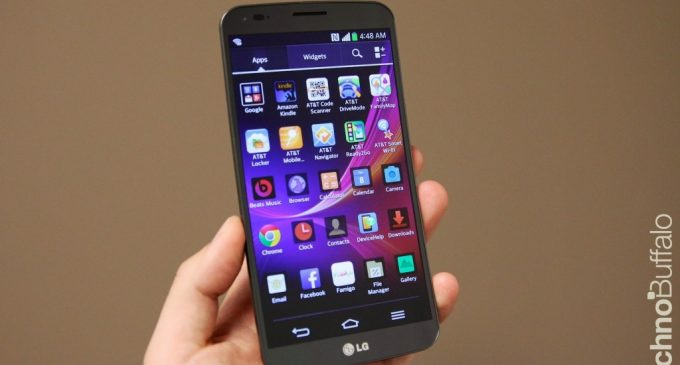 LG G Flex Review with its competitors