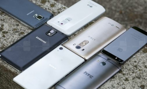 LG G3 vs Sony Xperia Z2 vs Samsung Galaxy S5 vs HTC One M8 vs iPhone 5S-Design and Display