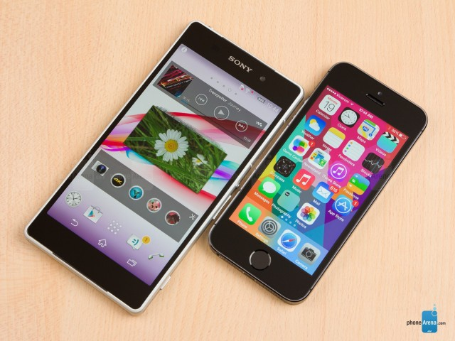Sony-Xperia-Z2-vs-Apple-iPhone-5s-01